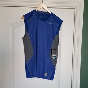 NIKE Pro Combat Sleeveless Fitted Dri Fit Tee